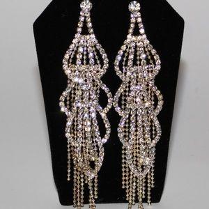 Jewelry - Prom Dangles Earring Pierce Eared Silver